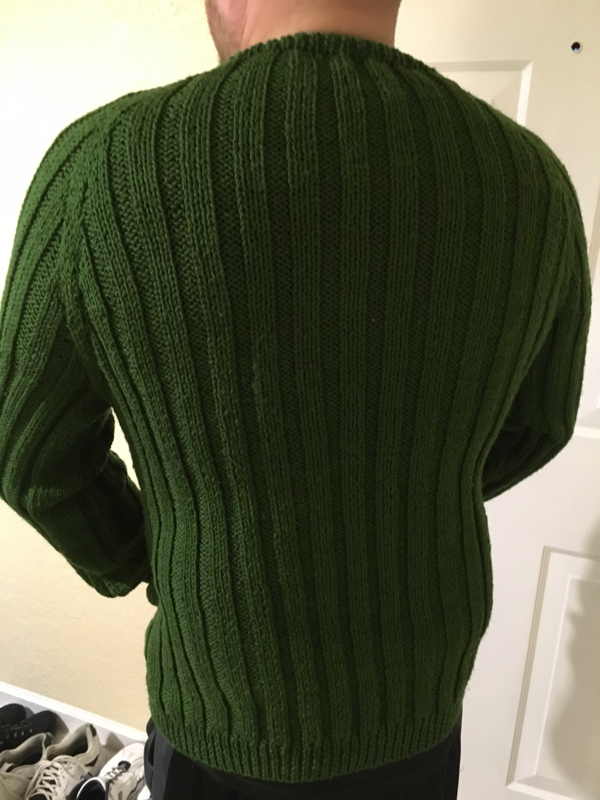 02-cthulhu-lives-sweater-back-600x800
